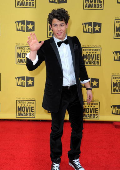 Nick Jonas 2010 Critics' Choice Awards Arrivals