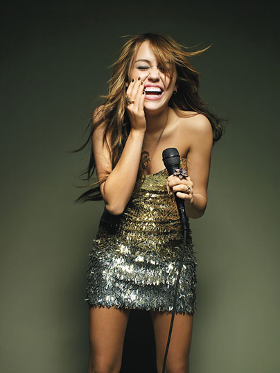 Miley Cyrus to tour in Latin America