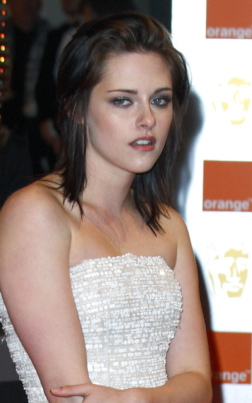 Kristen Stewart: 2010 BAFTA Awards Beauty
