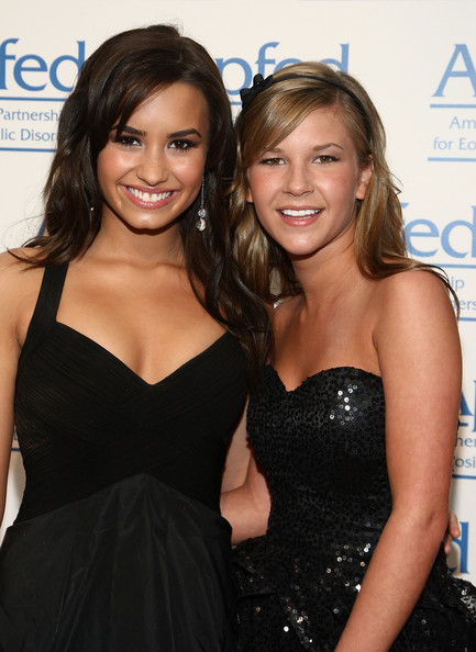 Demi's friend Sarah Wisely doesn't like Selena Gomez