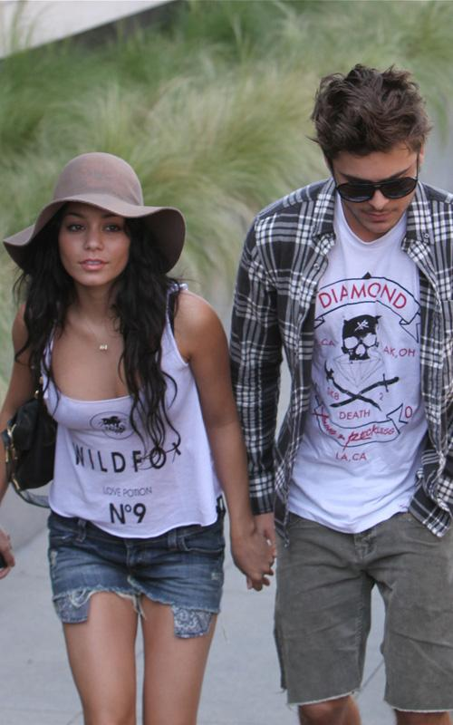 Vanessa and Zac: on a Shopping date! (PHOTOS UNDER)