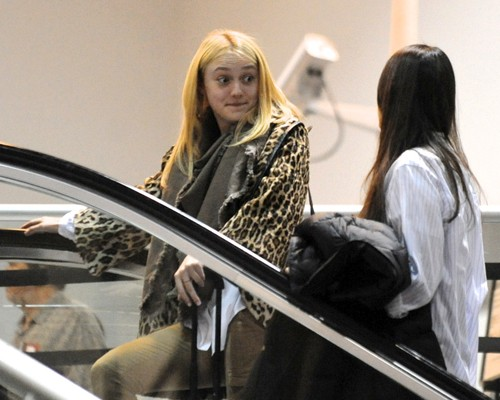 Dakota Fanning: Leopard Print Lovely at LAX (photos)