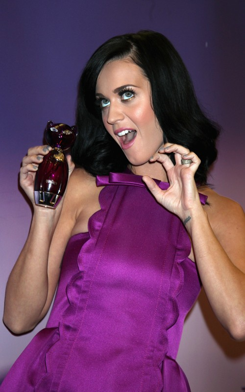 "Katy Perry: launch of her new perfume ""Purr."" (photos)"