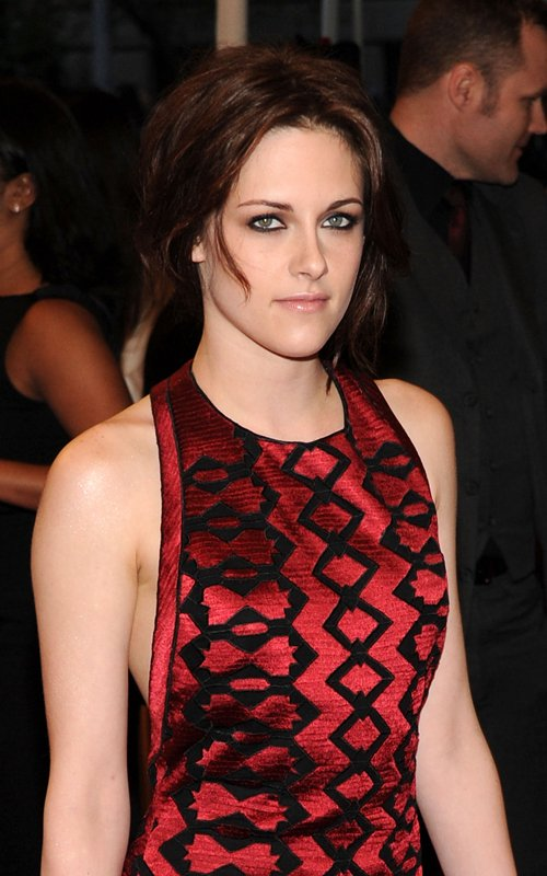 Kristen 2011 Costume Institute Gala Gorgeous (photos)