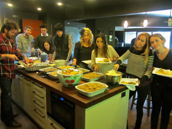 The Cyrus Family Celebrates Thanksgiving!