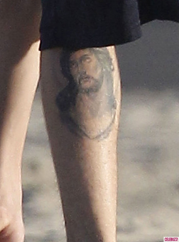 Justin Bieber Exposes His Brand New Tattoo Of Jesus