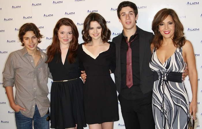 """Script For Wizards Of Waverly Place: The Movie 2 """"Ready To Go"""""""