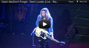 Videos of Demi Lovato's concert in Rio
