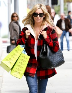 Ashley Tisdale shopping at lanet blue [Pics Below]