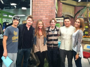 "[Gallery Update] Miley Cyrus on the set of ""KicKin' It"""