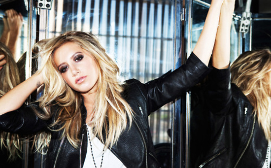 Ashley Tisdale to Star in 'Scary Movie 5′