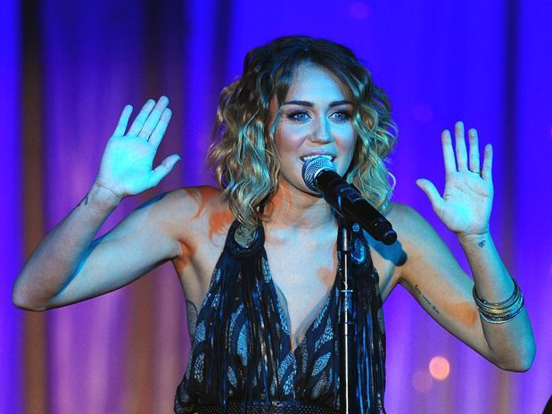 Miley Cyrus tells her twitter fans to 'be cautious'