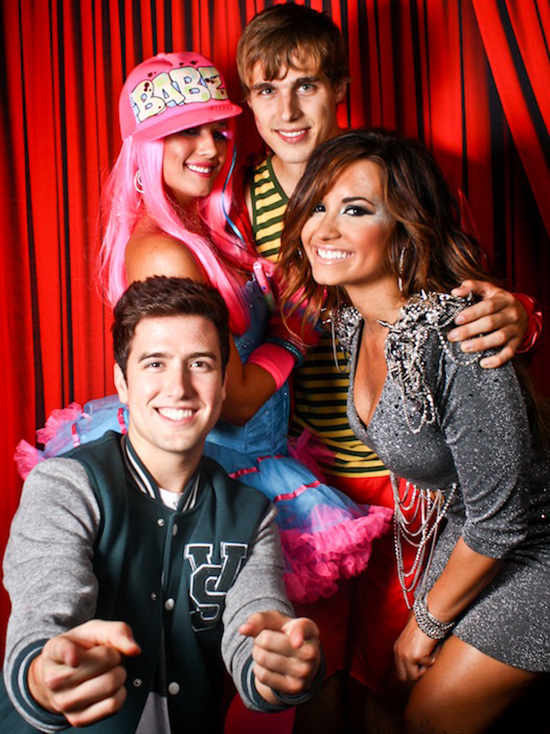 Cute pictures from Demi Lovato & Hanna's birthday bash!