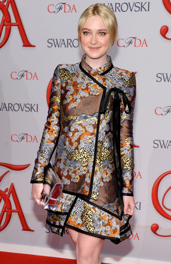 Dakota Fanning attend CFDA Fashion Awards (photos under)