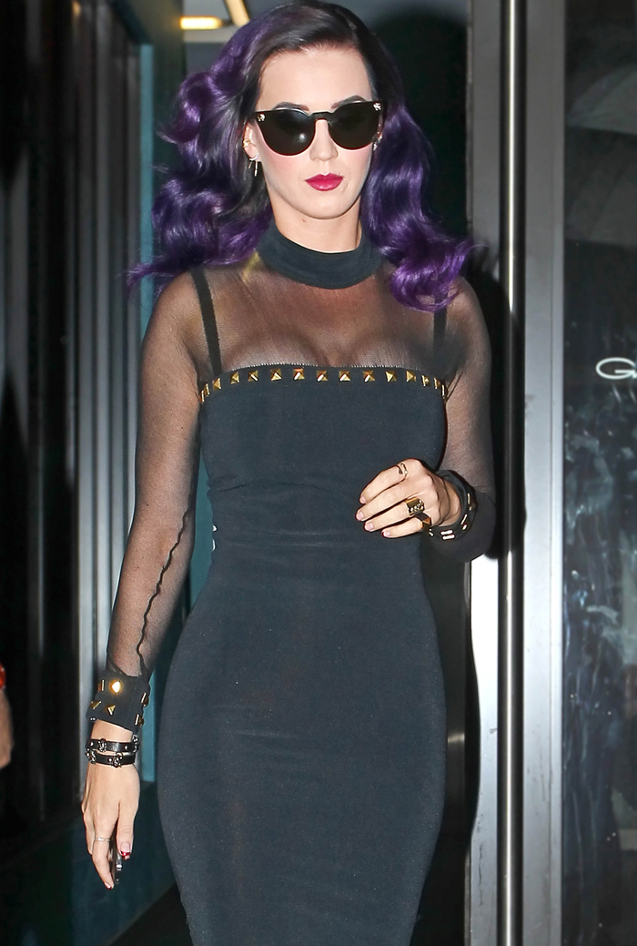 Purple-haired Katy Perry leaves Gansevoort hotel in NYC (photos)
