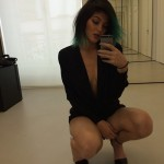 Kylie Jenner Is Too Revealing For Her Age In New Instagram Snap!