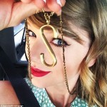 Taylor Swift Wears Her 'S' Necklace For Selena Gomez!
