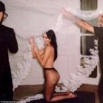 Kim Kardashian Goes Topless In New Instagram Photo