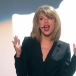 Taylor Swift Performs 'Blank Space' at 2015 BRIT Awards