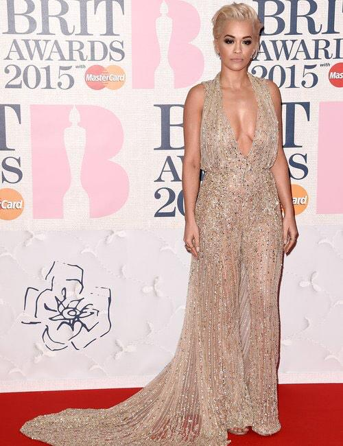 rita-ora-brit-awards-red-carpet