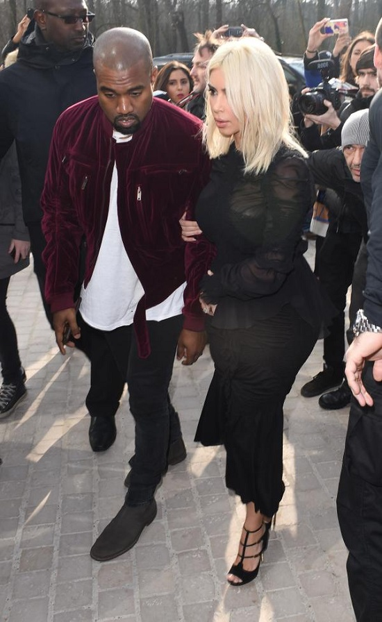 kanye-west-kim-kardashian-louis-vuitton-show