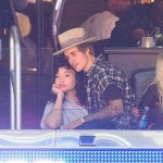 Image justin-bieber-ashley-moore-clippers-game.jpg