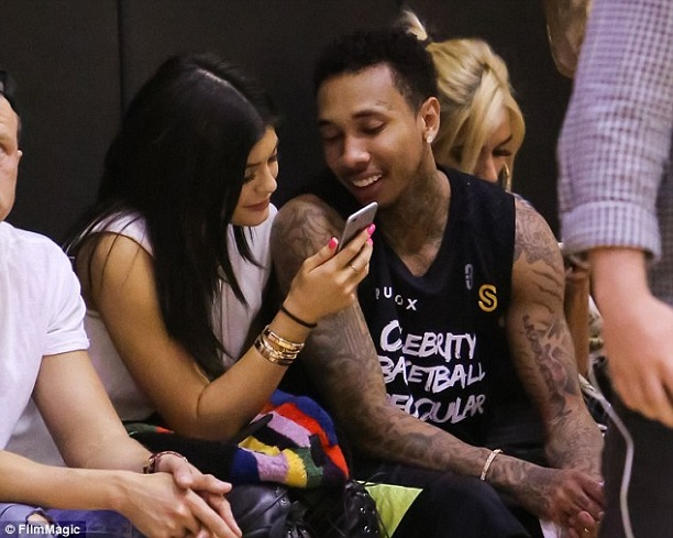 tyga-kylie-jenner-celebrity-basketball-game